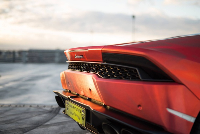 Lamborghini Huracan son 3 mau doc dao hinh anh 6