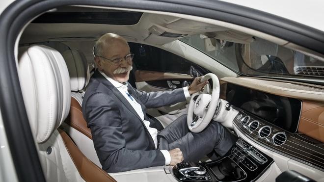 Anh thuc te Mercedes-Benz E-Class 2017 hinh anh 10