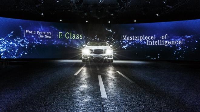 Anh thuc te Mercedes-Benz E-Class 2017 hinh anh 2