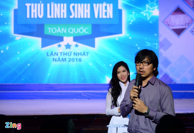 Dao Viet Bach tro thanh 'Thu linh sinh vien toan quoc' hinh anh 5