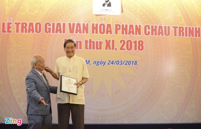 Giai thuong van hoa Phan Chau Trinh anh 1