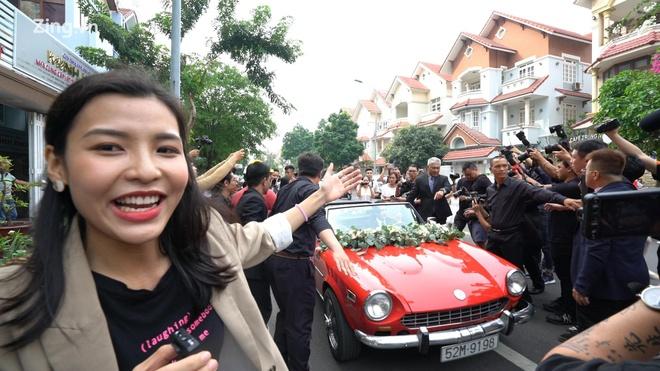 Fan di tu Tay Ninh len Sai Gon du le an hoi Dong Nhi - Ong Cao Thang hinh anh