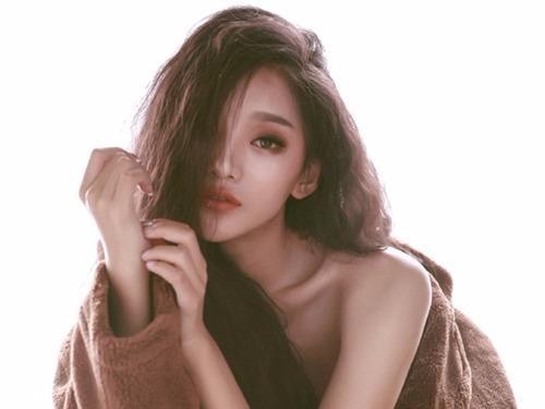 Nhan sac 'nu than' 18 tuoi moi noi tai Trung Quoc hinh anh