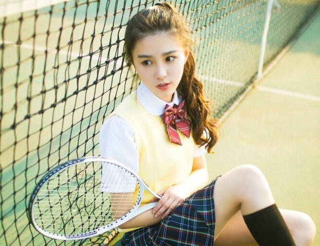 'Hot girl tra sua' 18 tuoi moi noi tai Trung Quoc hinh anh 6