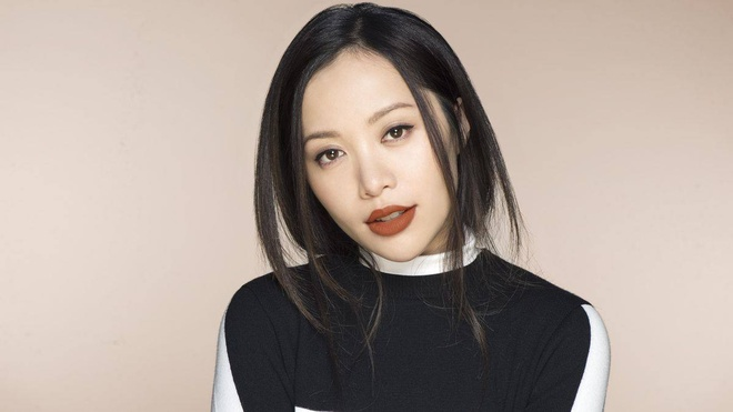 Michelle Phan bi tram cam, xin loi fan khi bo dung mang xa hoi hinh anh 3