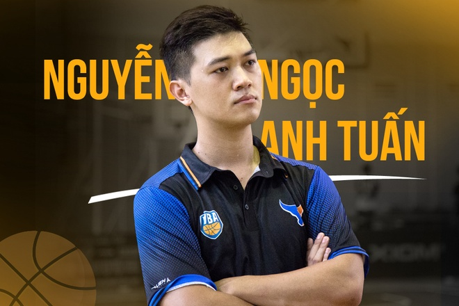 Chang 'bac si the thao' ke ve nghe con moi la o Viet Nam hinh anh