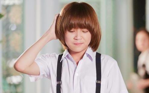 Cau be 'tham thuong trom nho' Phuong Ly trong MV cua Justatee la ai? hinh anh