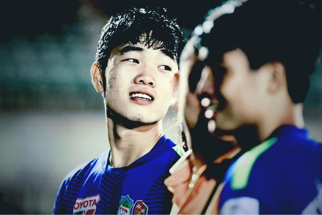 Chung ket U23 chau A: Dan cau thu thi dau toan trai dep! hinh anh 5