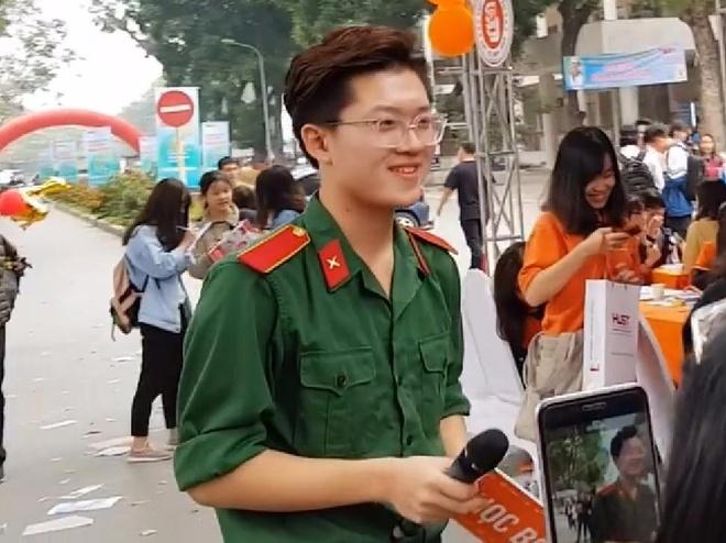 10X Quang Ninh duoc hoi chi em 'san lung' vi dien trai, hat hay hinh anh