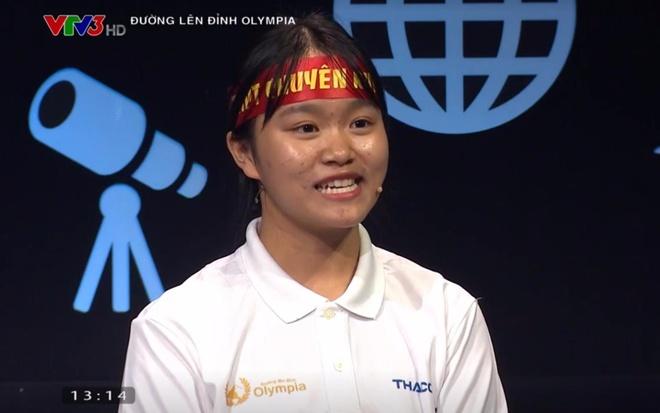 Huyen Trang dan dau 'doan leo nui' sau vong thi Khoi dong hinh anh