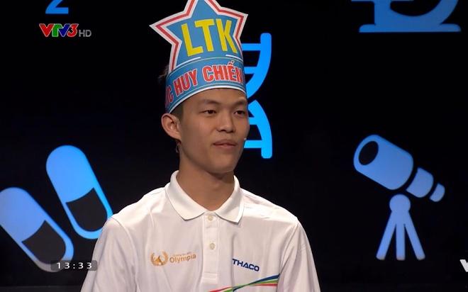 Duc Huy vuon len dan dau 'doan leo nui' sau vong thi Khoi dong hinh anh
