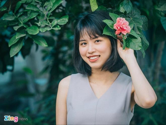 Em ho Huong Giang Idol: Tu tin khong reu rao moi quan he de 'an theo' hinh anh
