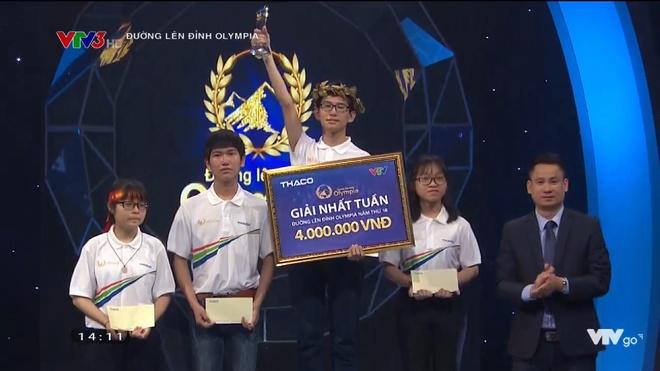 2 thi sinh san bang ky luc 17 nam cua 'Duong len dinh Olympia' hinh anh 1