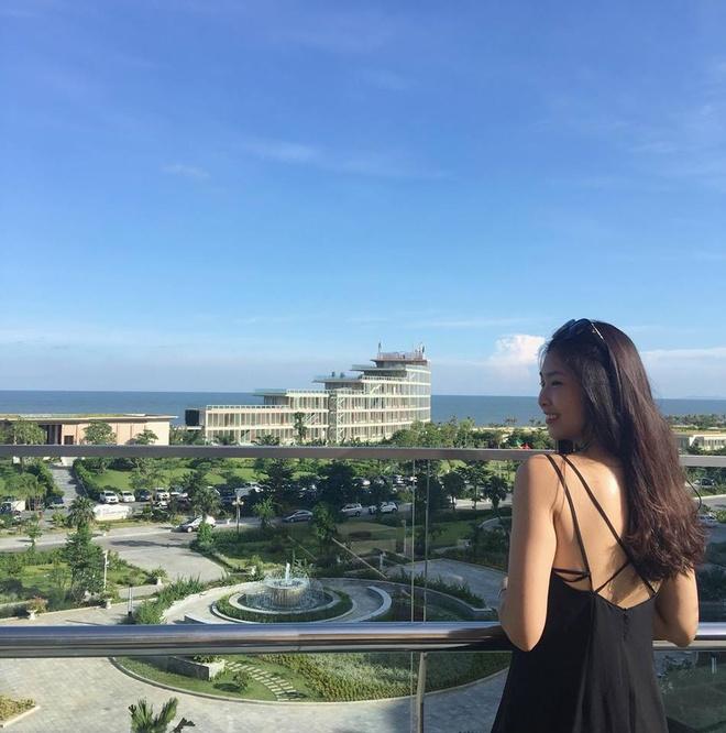 4 nu sinh tai sac cua DH Kinh te Quoc dan cung thi Hoa hau Viet Nam hinh anh 7