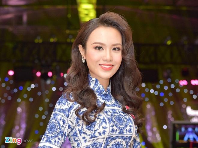 Hoa khoi DH Ngoai thuong tung nang 90 kg thi Hoa hau Viet Nam 2018 hinh anh
