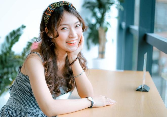 Quan quan Olympia Hoang Cuong, Khanh Vy tham gia thi Olympic tieng Anh hinh anh