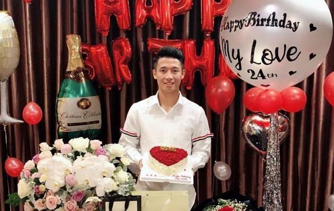 Hau ve Bui Tien Dung xac nhan co ban gai gay chu y tuan qua hinh anh