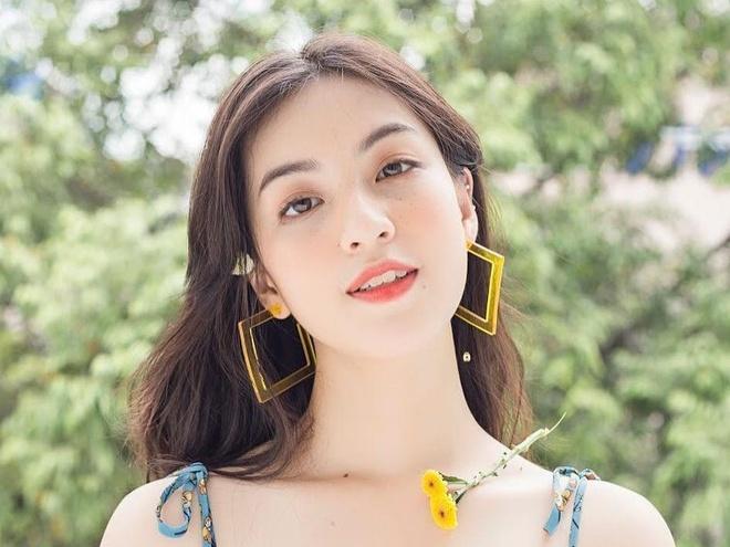 Hot girl 10X xinh dep, tai nang, 'sanh' mang xa hoi hon the he truoc? hinh anh
