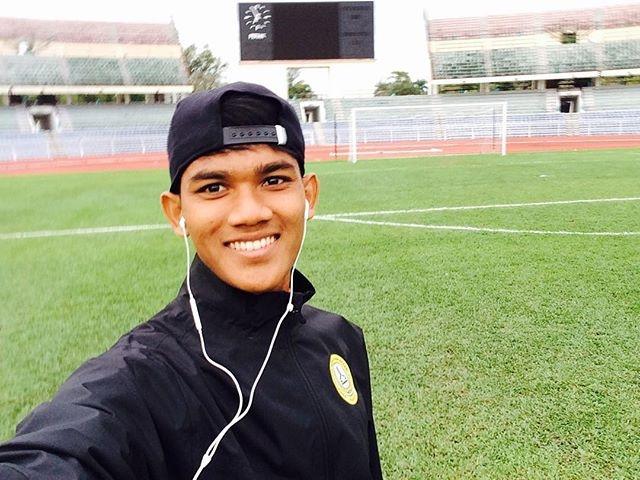 Tien dao xuat sac nhat 2017 cua Malaysia: Cao 1,80 m, chua co ban gai hinh anh 12