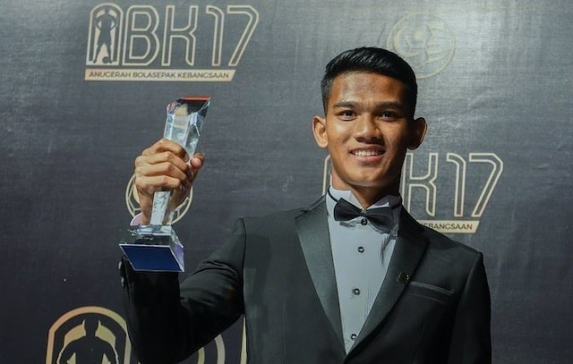 Tien dao xuat sac nhat 2017 cua Malaysia: Cao 1,80 m, chua co ban gai hinh anh 4