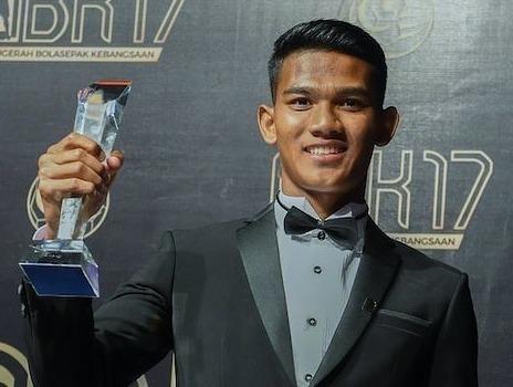 Tien dao xuat sac nhat 2017 cua Malaysia: Cao 1,80 m, chua co ban gai hinh anh