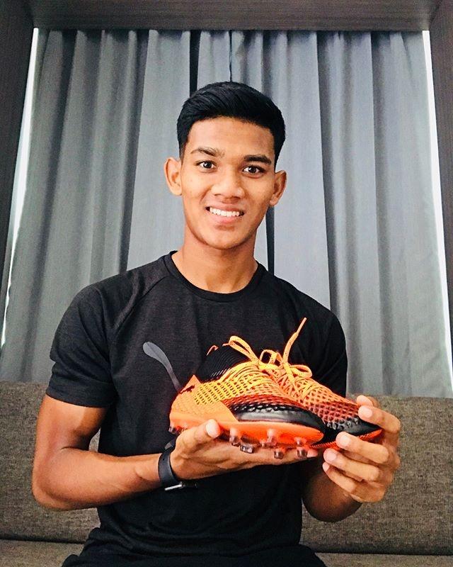 Tien dao xuat sac nhat 2017 cua Malaysia: Cao 1,80 m, chua co ban gai hinh anh 6