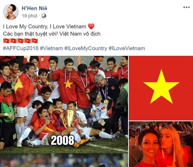 Cong dong mang chuc mung doi tuyen Viet Nam vo dich AFF Cup 2018 hinh anh 7