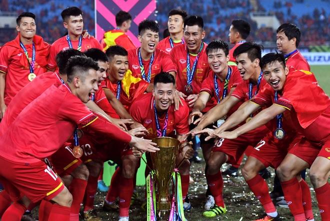 Doi tuyen Viet Nam vo dich AFF Cup gay chu y nhat tuan qua hinh anh