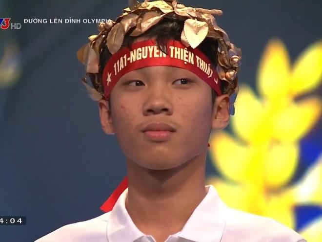 10X Hung Yen khong co doi thu ve diem so o ca 4 vong thi Olympia hinh anh