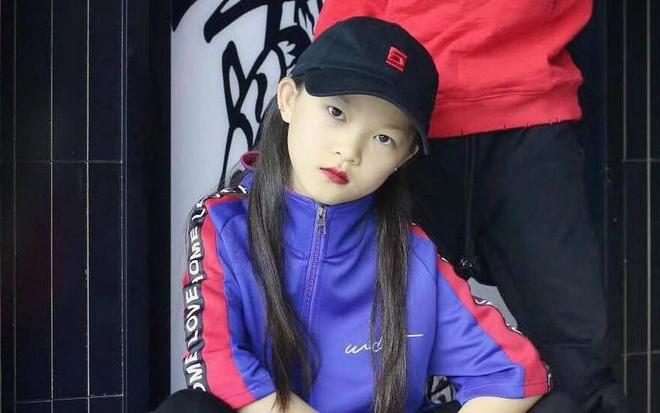 Tai nang hip hop 10 tuoi va chuyen bi 'nem da' khi noi tieng qua som hinh anh