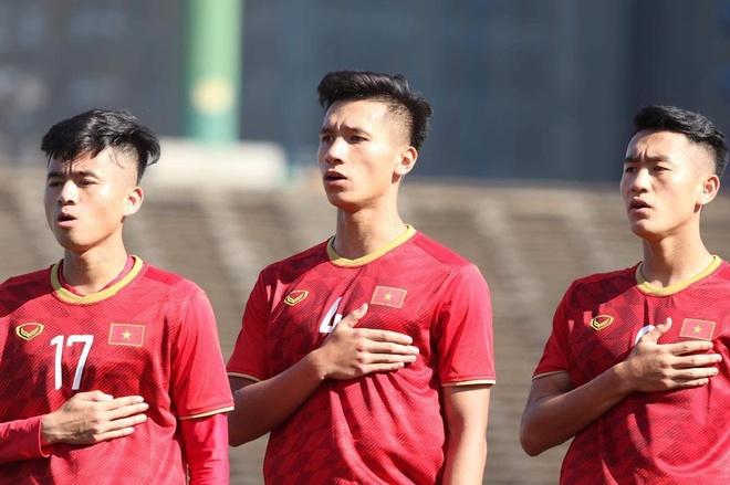 'U22 Viet Nam thuc chat la U20, can ren luyen them' hinh anh 2