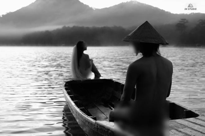Doi nam nu chup nude o ho Tuyen Lam noi gi khi bi 'nem da' tren mang hinh anh 1  Chụp nude ở hồ Tuyền Lâm nhân vật chính nói gì khi bị 'ném đá' trên mạng