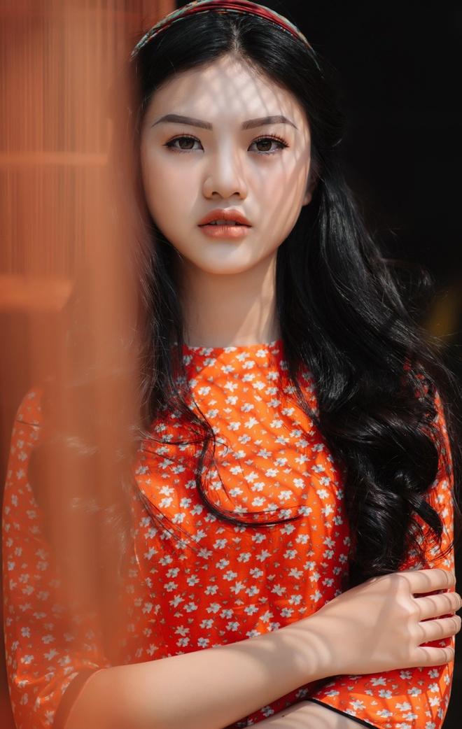 10X Dong Nai cao 1,72 m, biet 2 ngoai ngu, tung tham gia Miss Teen hinh anh 8