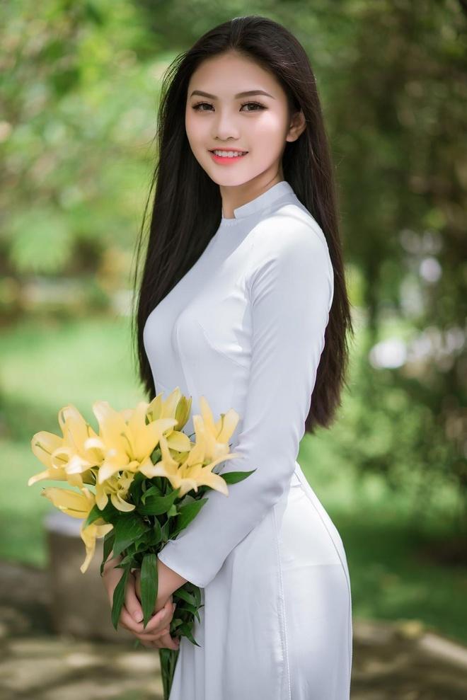 10X Dong Nai cao 1,72 m, biet 2 ngoai ngu, tung tham gia Miss Teen hinh anh 6