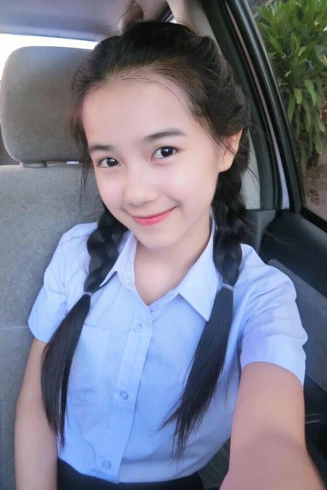 10X du hoc sinh Lao: 'Nam lun' xinh dep, biet 5 thu tieng hinh anh 13