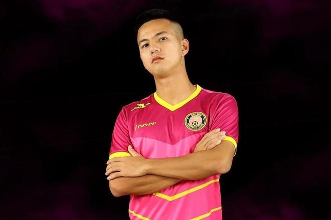 Hoi fan girl lai phat hien Sai Gon FC toan cau thu 'cuc pham' hinh anh 3