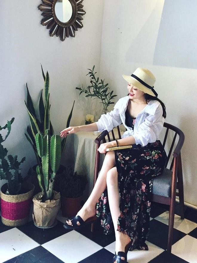 Nu MC truyen hinh o Quang Ninh duoc menh danh 'hot girl thoi tiet' hinh anh 11