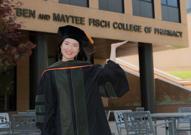 5 cô gái Việt học ở Mỹ - người đỗ thủ khoa, kẻ nhận học bổng tiến sĩ