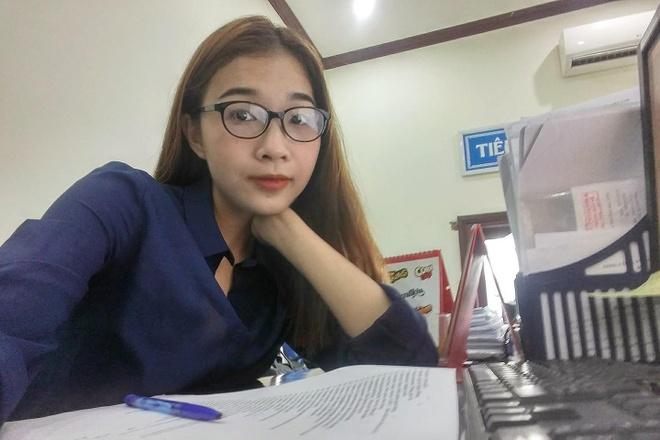 A hau Hoang Thuy chia se hinh em gai xinh dep, goi cam khong kem chi hinh anh 9