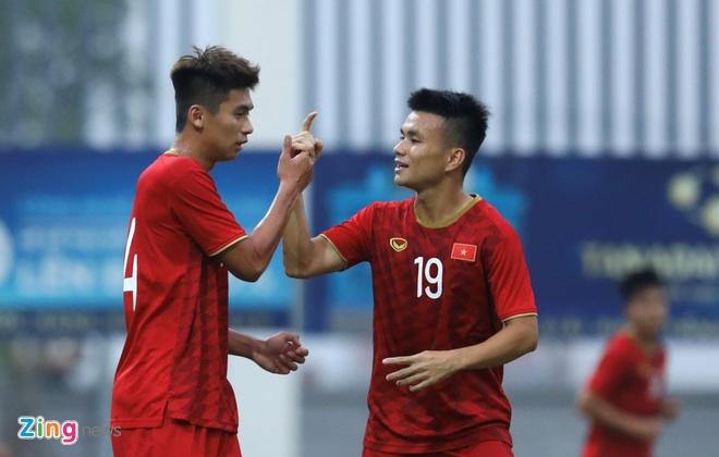 Tan binh U23 Viet Nam sinh nam 2000 duoc hoi chi em goi la 'cuc pham' hinh anh 1