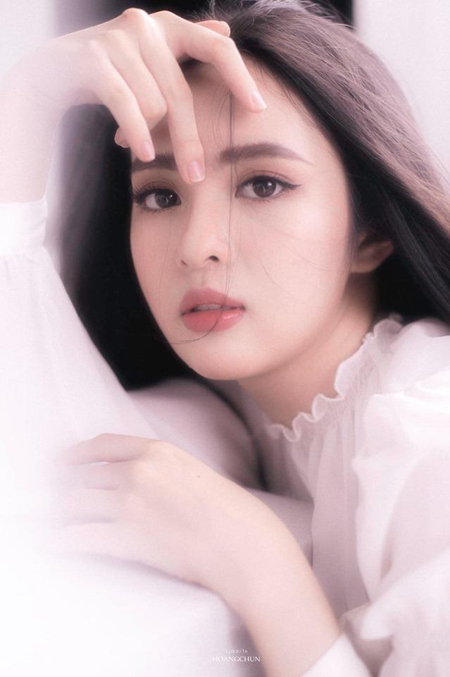 Thoi cua 'nhan sac 2K': Hoa hau, hot girl 10X chiem song mang xa hoi hinh anh 11