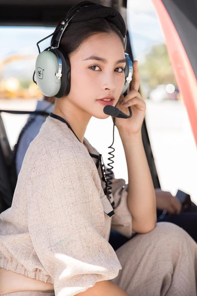 Thoi cua 'nhan sac 2K': Hoa hau, hot girl 10X chiem song mang xa hoi hinh anh 6