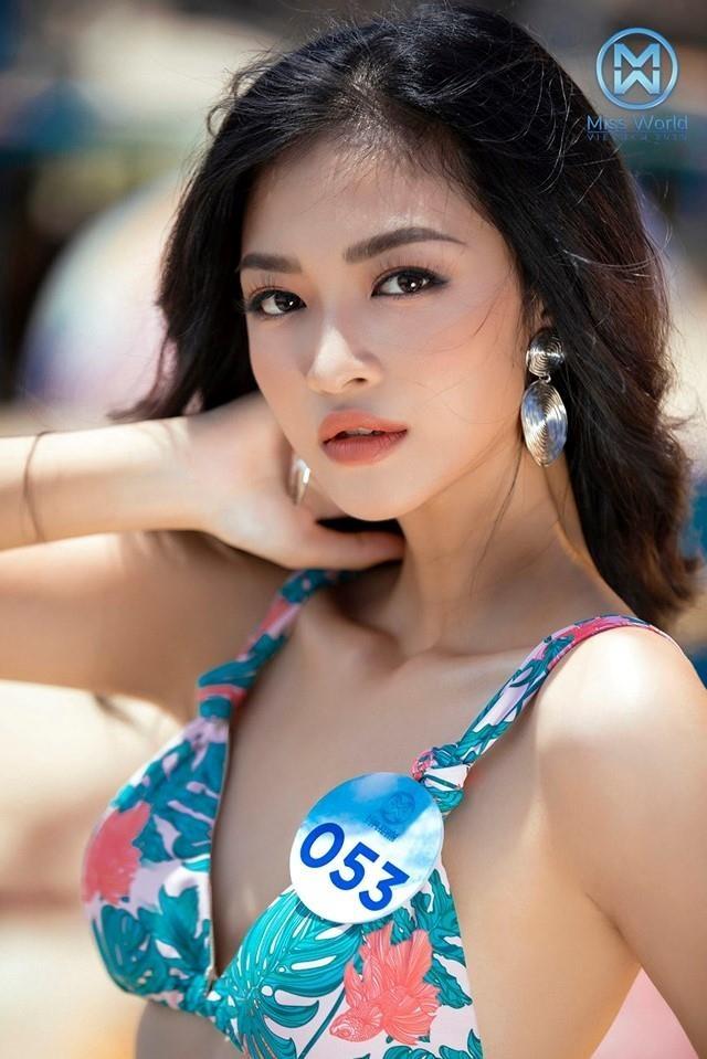 Thoi cua 'nhan sac 2K': Hoa hau, hot girl 10X chiem song mang xa hoi hinh anh 3