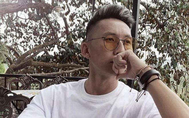 Tien ve CLB Than Quang Ninh cover 'Do em biet anh dang nghi gi' hinh anh