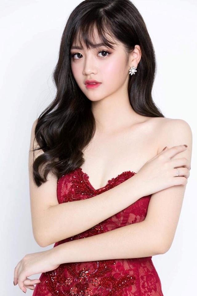 Hot girl Hoc vien Hang khong: 'Muon vao showbiz nhung chua co co hoi' hinh anh 7