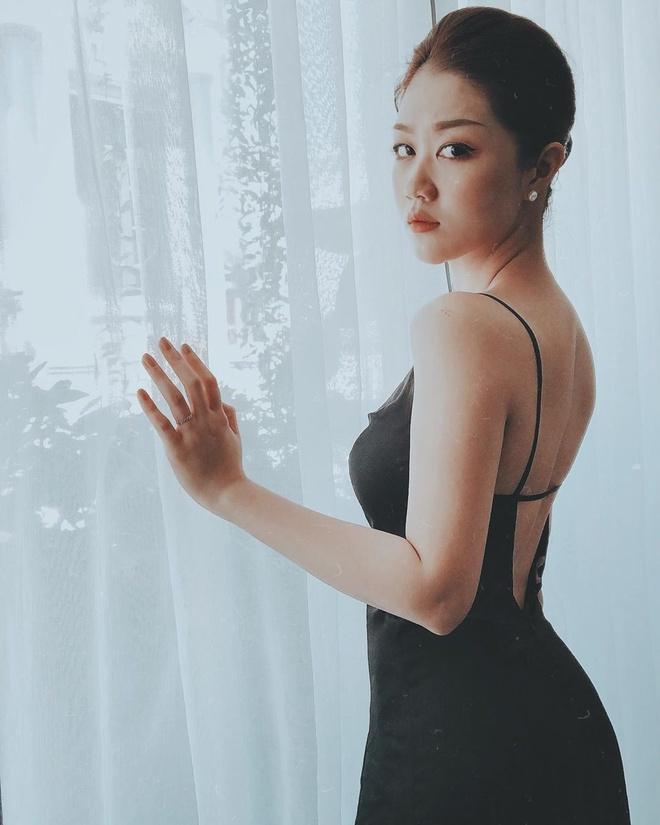 Hot girl nganh hang khong: Nguoi lay chong Tay, nguoi di thi hoa hau hinh anh 9