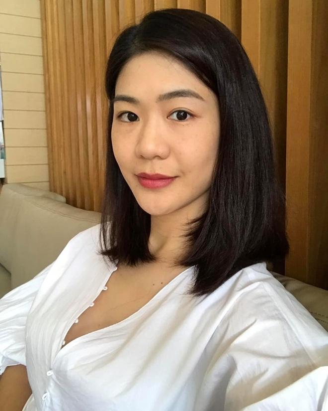 Hot girl nganh hang khong: Nguoi lay chong Tay, nguoi di thi hoa hau hinh anh 3