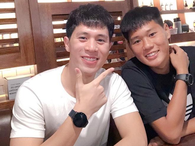 Anh trai Quang Hai lam tho xam, em Van Lam body 6 mui giong anh hinh anh 1