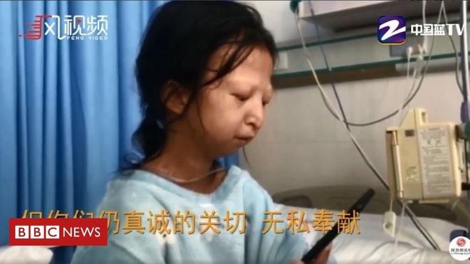 Dân mạng Trung Quốc bày tỏ sự ngưỡng mộ trước nghị lực của Wu khi vừa cố gắng đi học, vừa lo cho em trai bệnh tật. Ảnh: BBC.