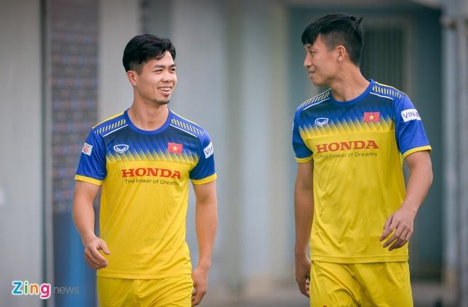 Cong Phuong khong thay kieu toc nhung lai duoc chu y vi bo rau hinh anh 1